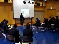 生徒によるタイムキーパーとビデオ撮影