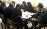 グループで企画会議