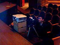サブスクリーンのカメラ担当の生徒